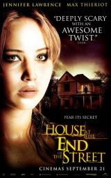 HOUSE AT THE END OF THE STREET - Poster 2